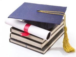 un-grup-de-profesori-si-intelectuali-solicita-schimbarea-consiliului-national-de-atestare-a-titlurilor-diplomelor-si-certificatelor-universitare